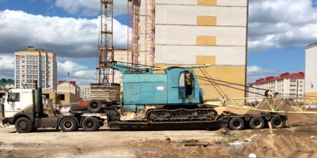 Перевозка тяжеловесного крана РДК-400 низкорамным тралом